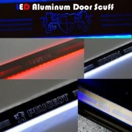 Накладки на пороги LED (АЛЮМИНИЙ)  - Hyundai i30 3G (ARTX)